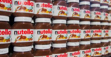 Rayon de pots de Nutella